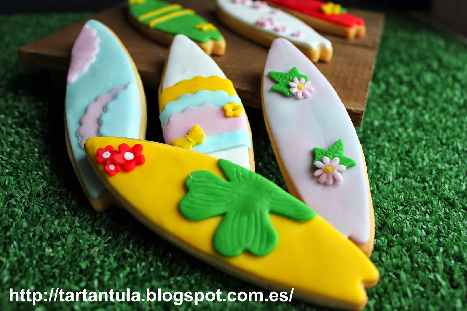 Galletas de primavera decoradas con fondant