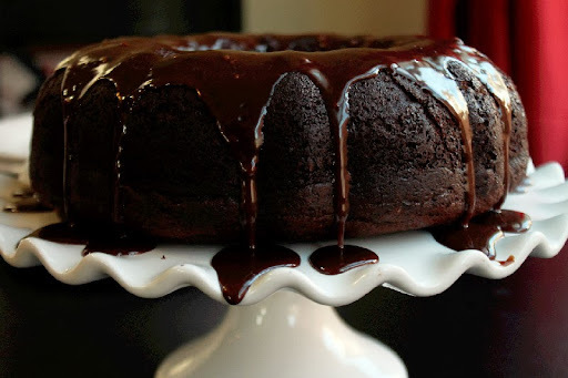 Easy Moist Chocolate Party Cake