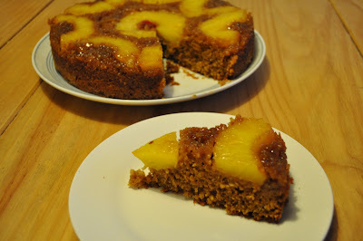 apple nutmeg pine nut cake