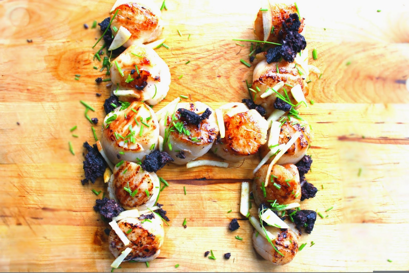 Eat Fish Fresh - Scallops with Granny Smith Apple Dressing and Black Pudding