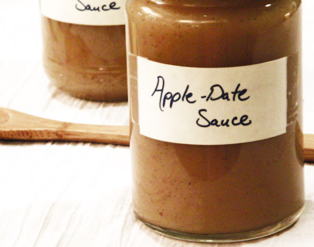 Apple-Date Sauce infused with Vanilla Bean