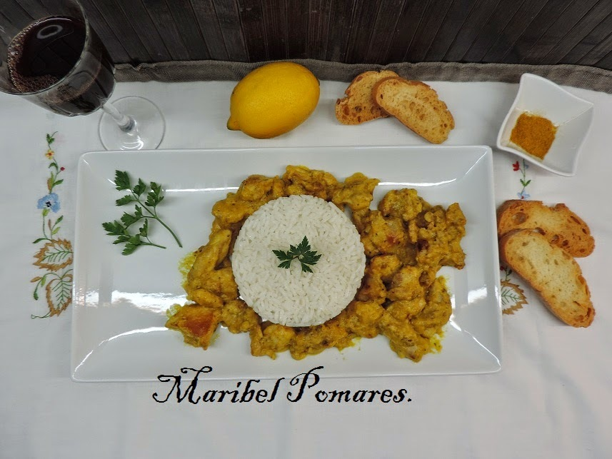Pollo al curry con arroz en olla programable.