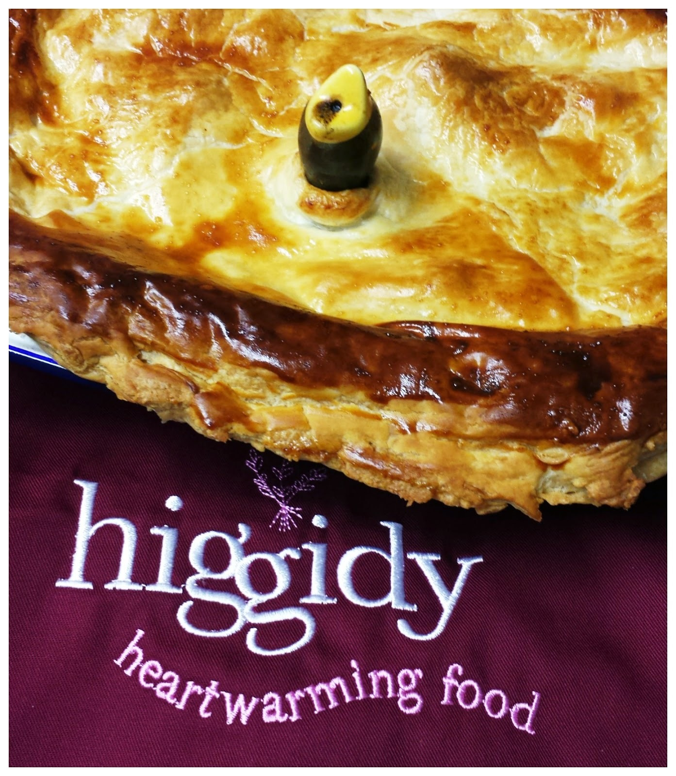 Higgidy Recipe Hunt - Slow-cooked Pulled Pork and Sweet Potato Pie with an English Mustard Gravy
