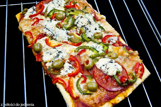 Pizza blue vegetariana na cienkim spodzie jak z Pizza Hut