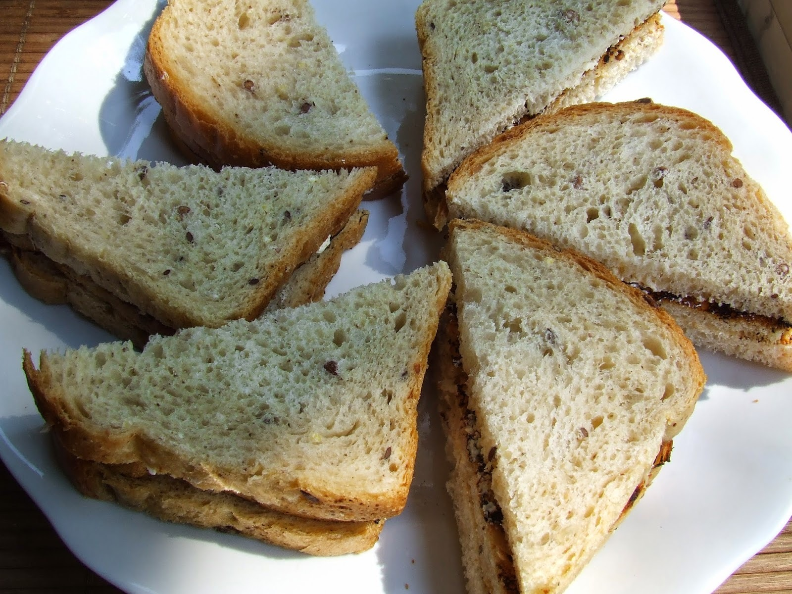 Toast sandwiches pani Beeton