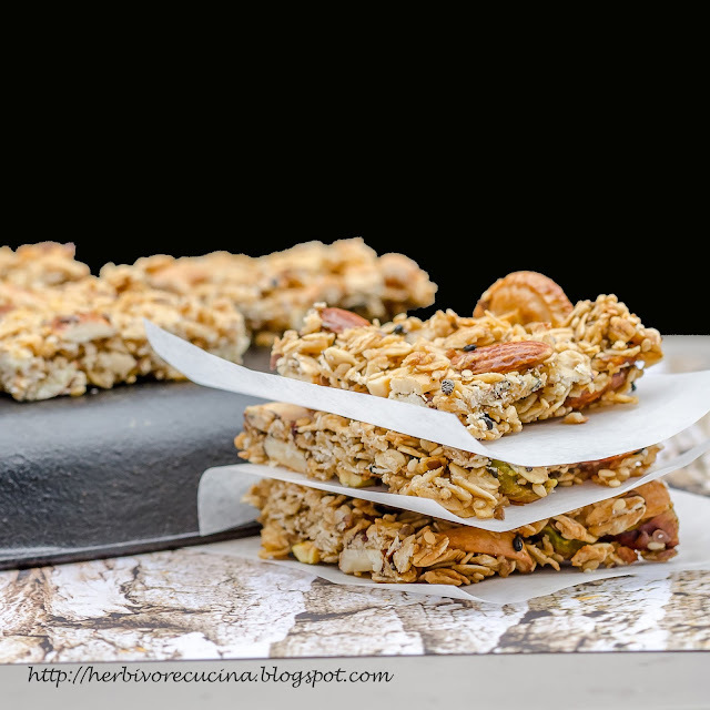 Oats and Dry Fruit Chikki