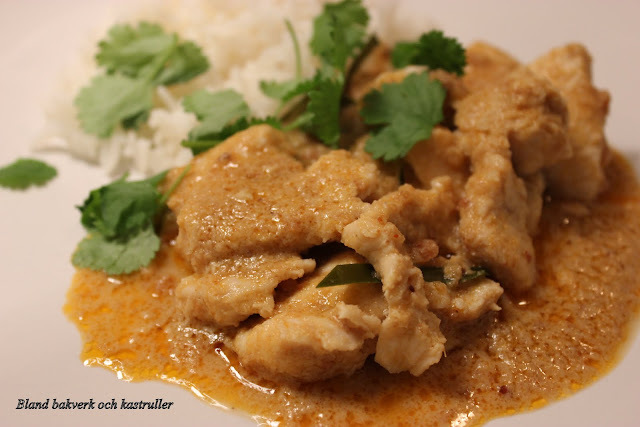 PANAENG CHICKEN CURRY