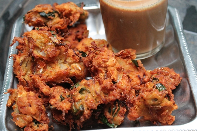 Medu Pakoda Recipe / Medu Pakora Recipe