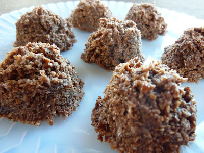 Raw Chocolate Almond Macaroons - Great Raw Dessert For Passover Or Easter