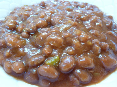 Sweet And Spicy Vegetarian Baked Beans With Green Chilies And Jalapenos