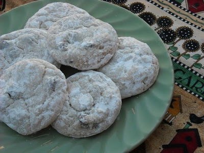 Mexican Wedding Cookies - Chocolate Chip Style