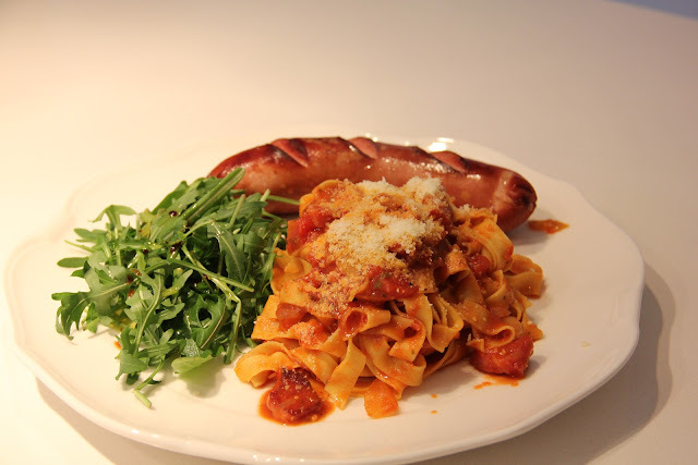 SAWCLicious: Tagliatelle Pasta with Ham and Tomato Basil Sauce