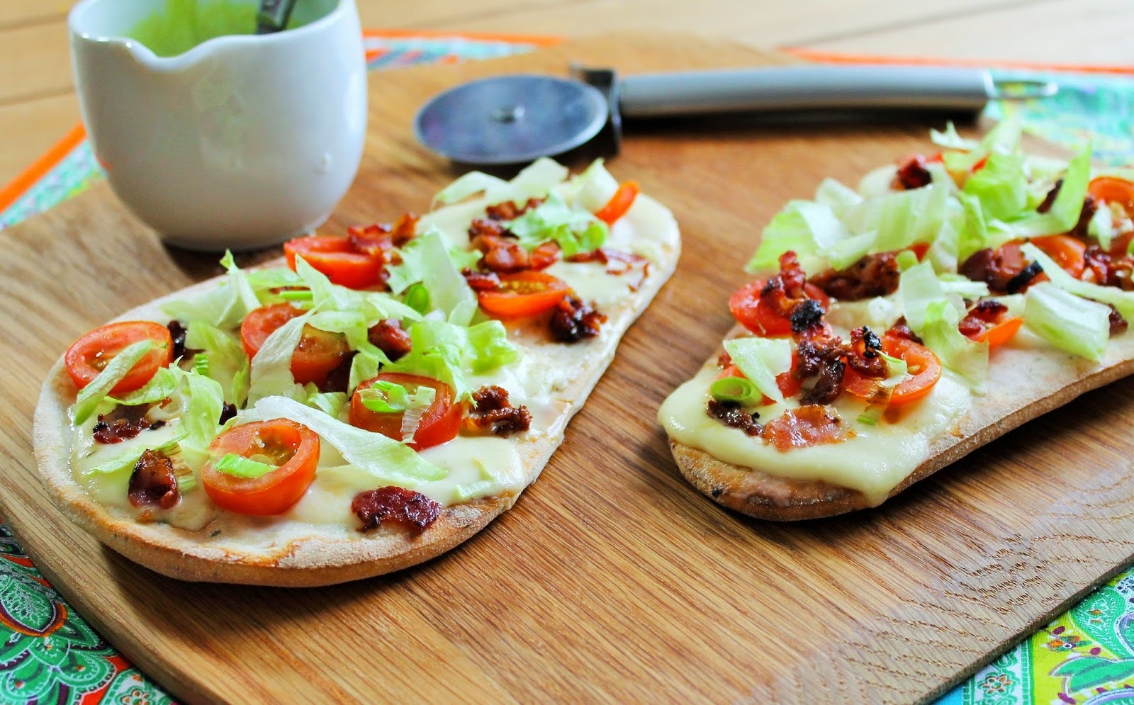 BLT Naan Pizzas with Avocado Yoghurt Sauce
