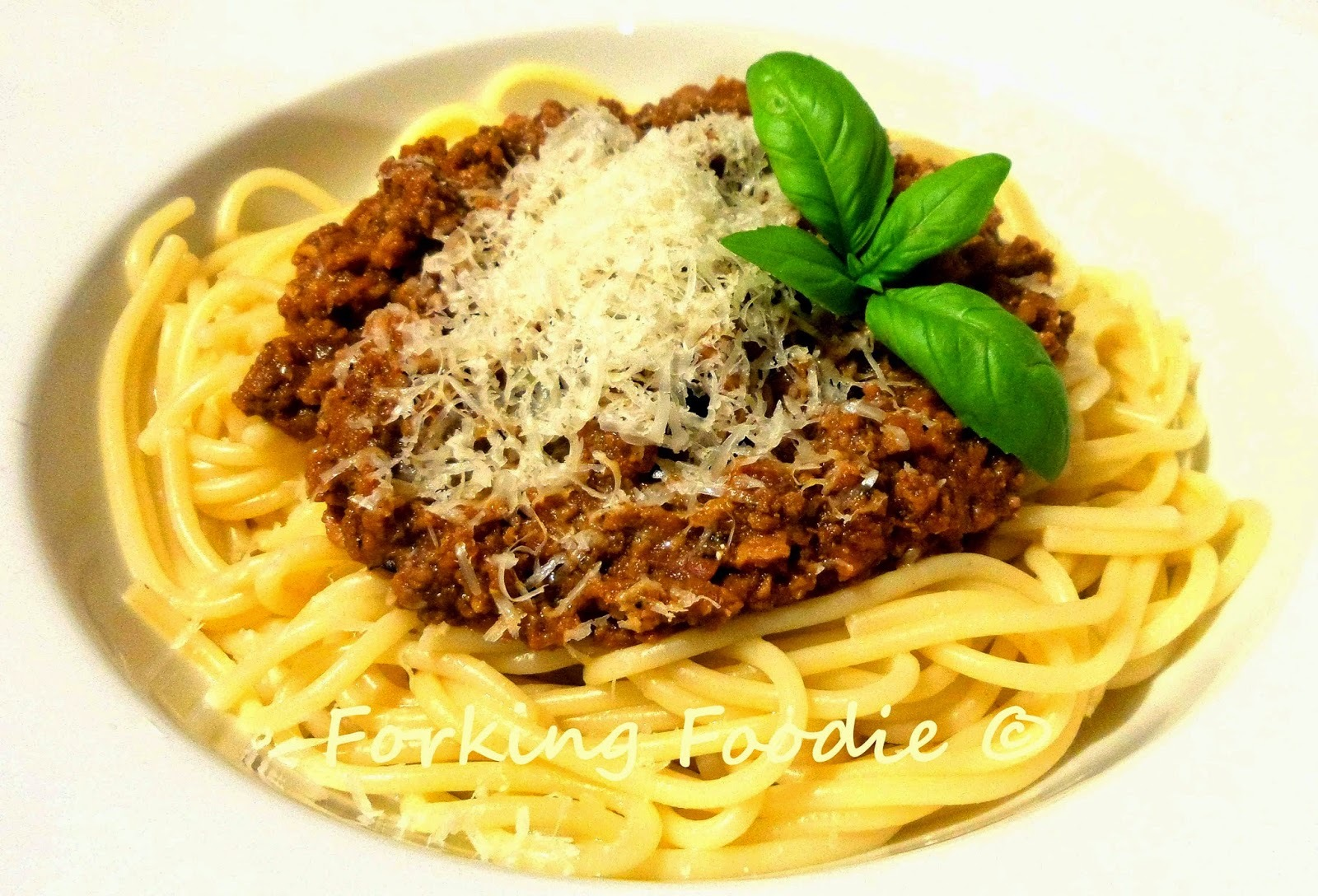 Thermomix Chunky Ragù alla Bolognese - with skinny option, and no more mushy meat sauce!