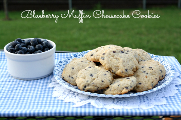 Blueberry Muffin Cheesecake Cookies & {Giveaway}