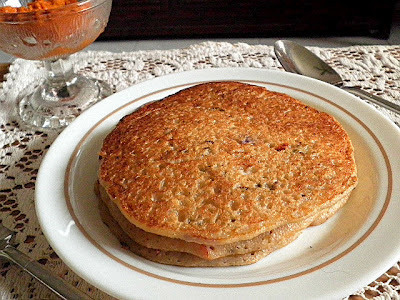 SEMOLINA AND OATMEAL PANCAKE