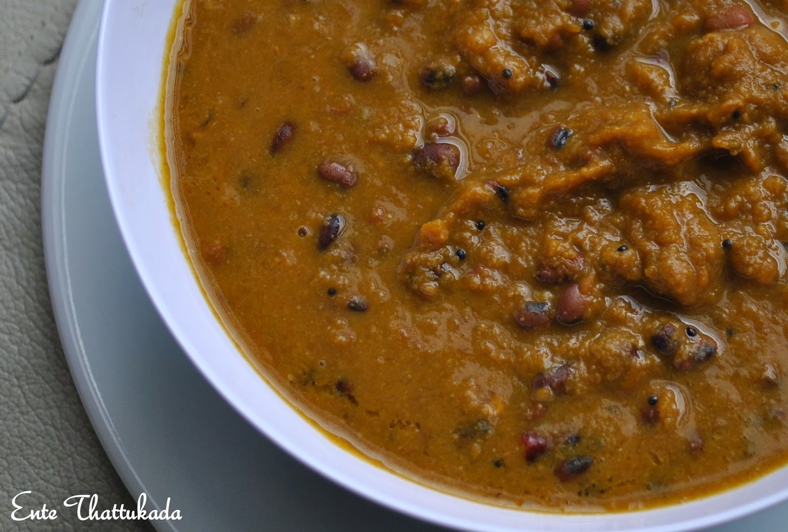 Vanpayar Mathan Erissery | Red Cow Peas & Pumpkin Curry