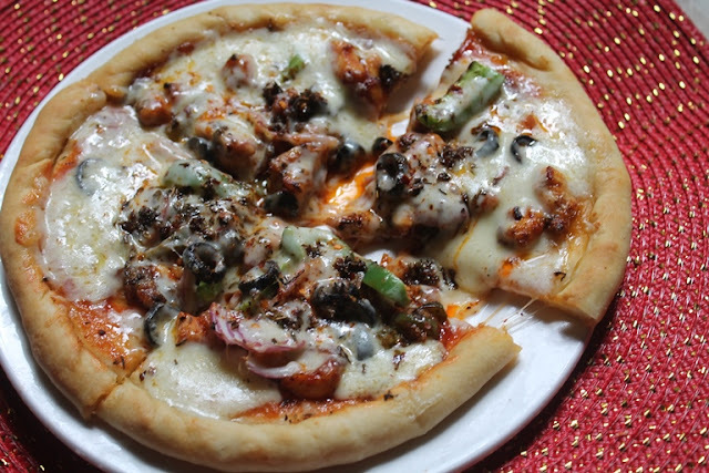Chicken Pizza Recipe - Spicy Chicken Pizza Recipe