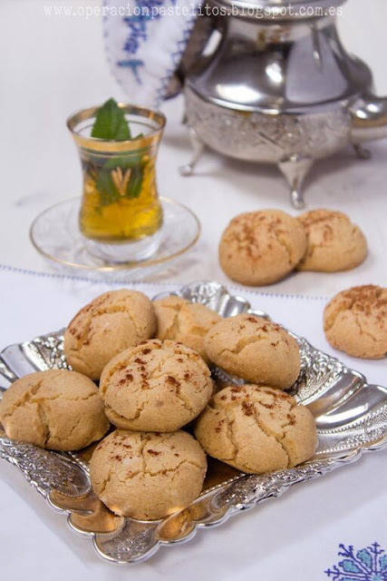 Ghriba bahla o galletas marroquies con canela غريبة البهلة