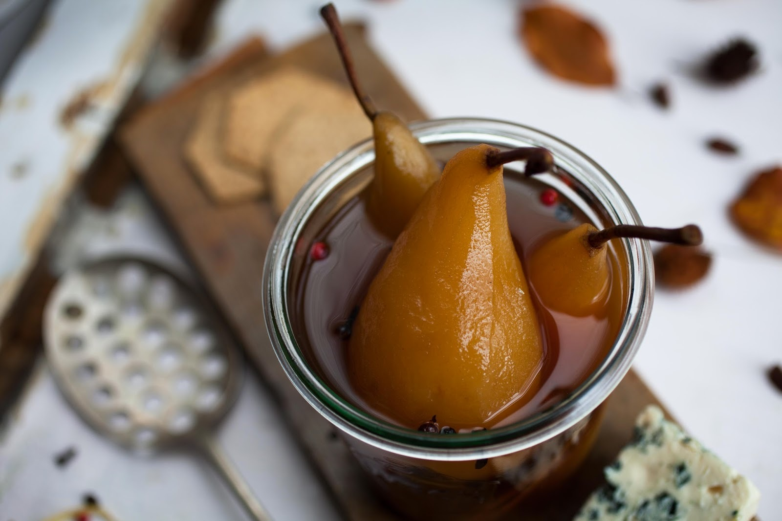 Spiced pickled pears - delicious for Xmas