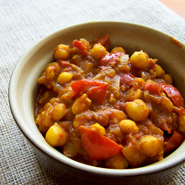 Chana Masala (what my curry dreams are made of)