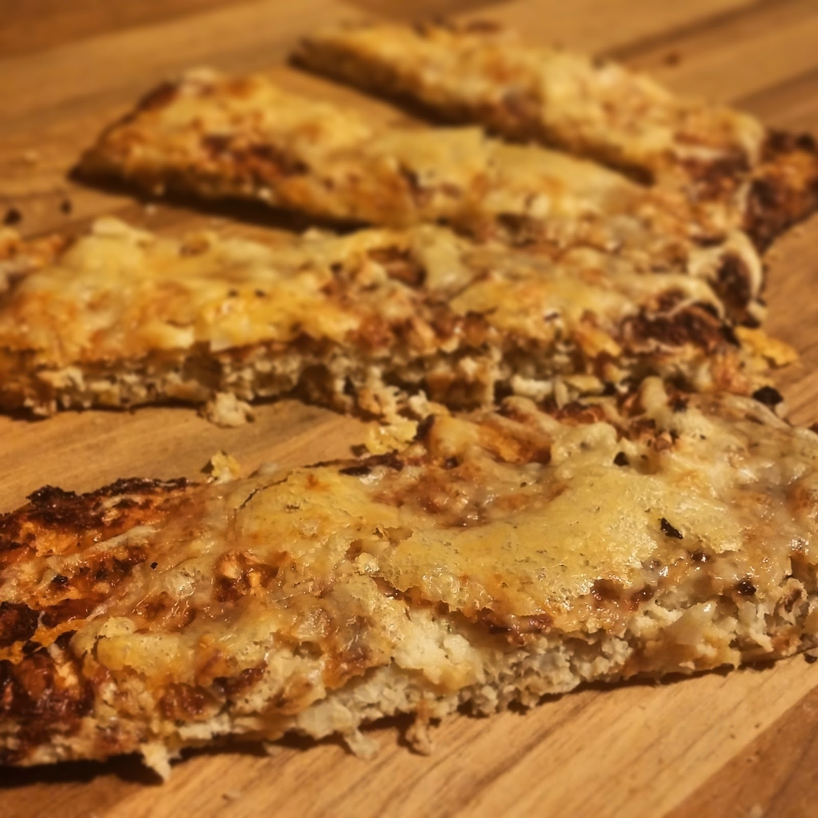 Slimming World Recipe- Syn Free Cauliflower Garlic Bread