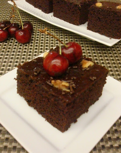 quick mix chocolate and walnut cake