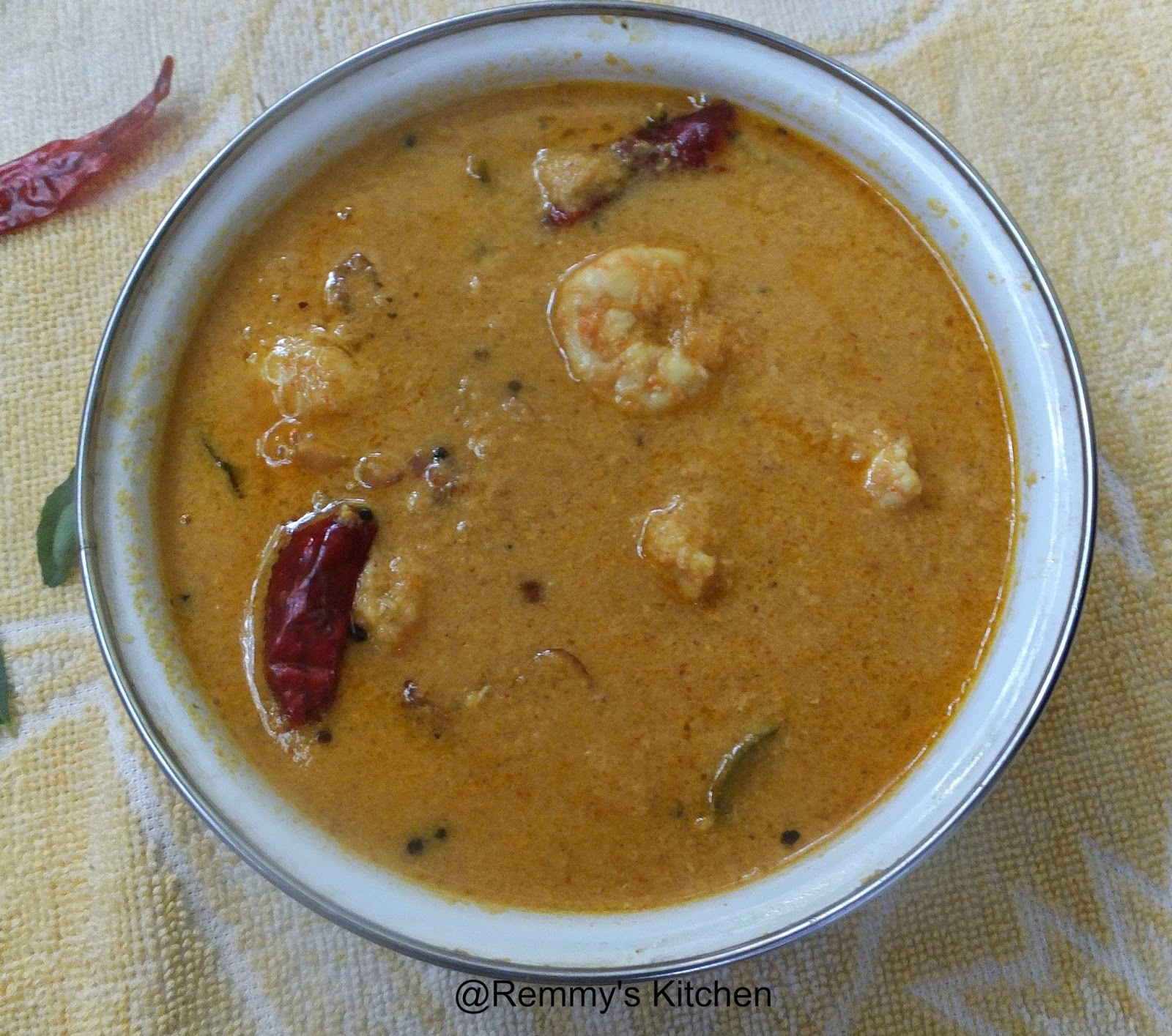 Chemmeen curry  /Prawns in coconut gravy Kerala style