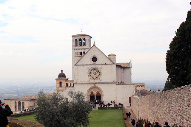 Sunday morning in Assisi - La Rocciata