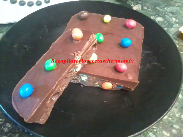 Turrón m&m de chocolate en thermomix