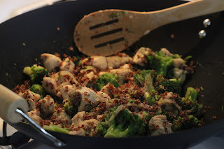 Chicken with Broccoli and Quinoa Stir-fry