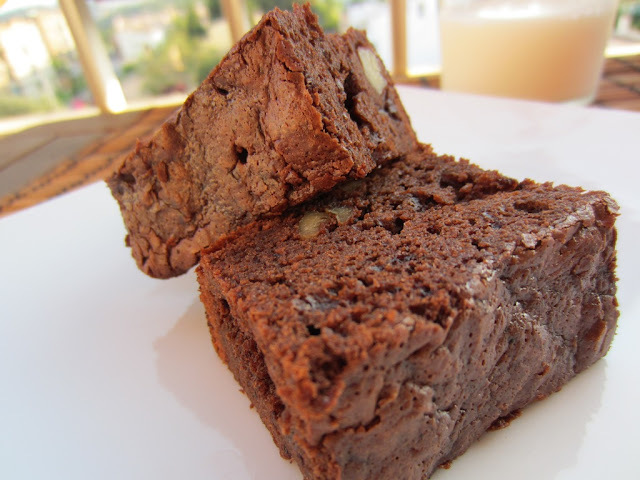BROWNIE CLASICO DE CHOCOLATE CON NUECES