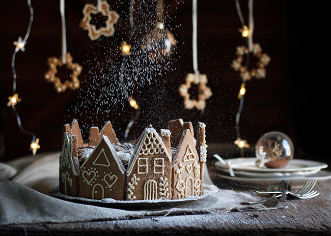 5 Ingredient Christmas Fruit Cake with Gingerbread Houses