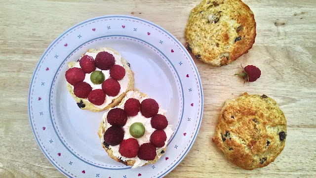 Scones with Fresh Fruit - #CookBlogShare