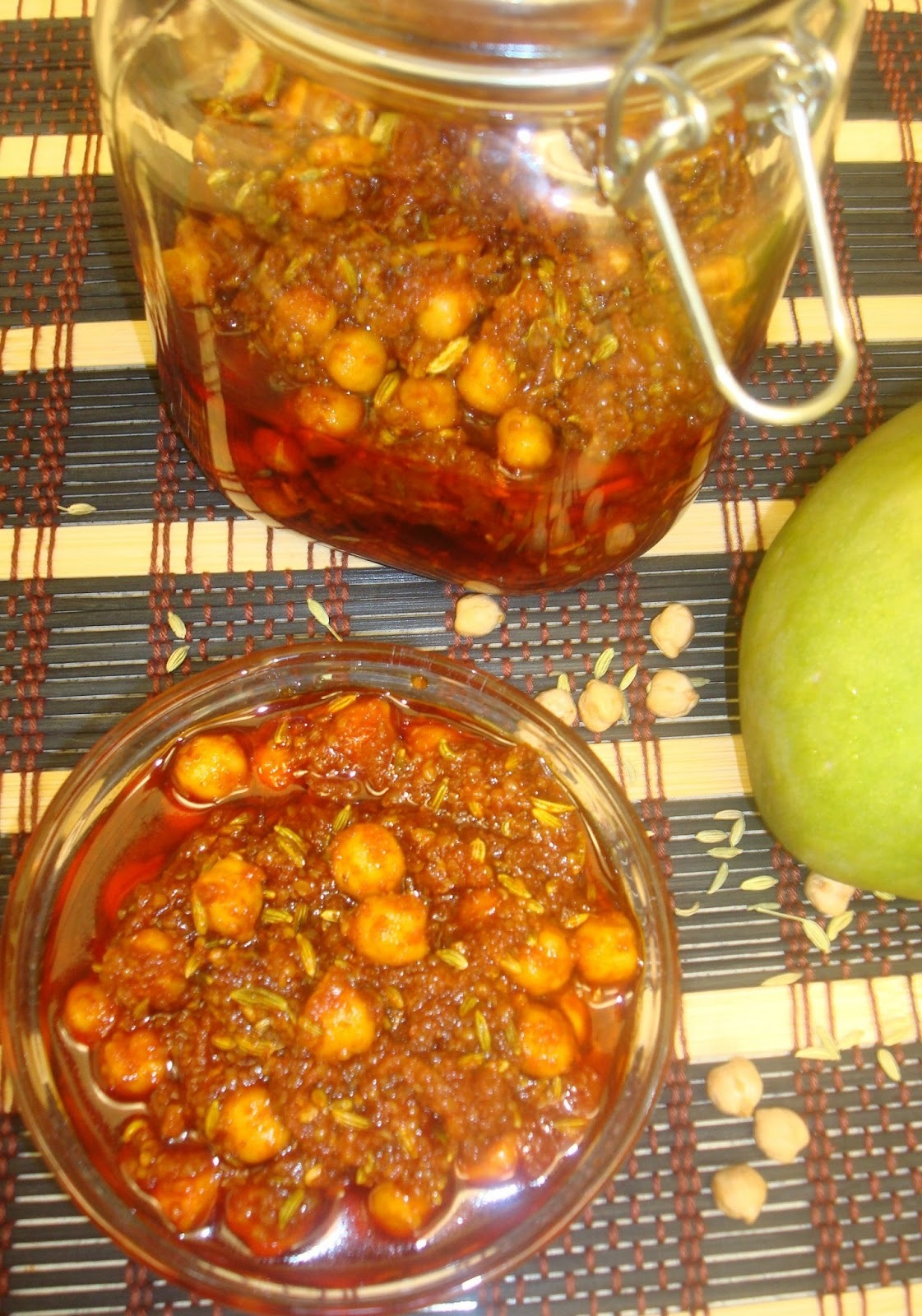 Chick Peas Mango Pickle (Channa-Aam achaar)