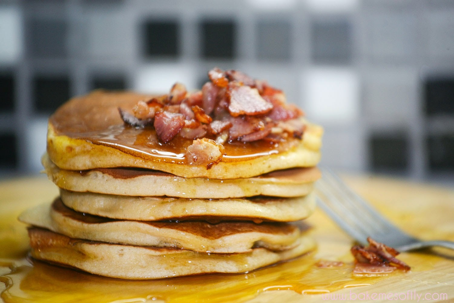 Pancakes με bacon και maple syrup