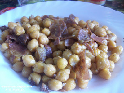 GARBANZOS FRITOS CON JAMÓN