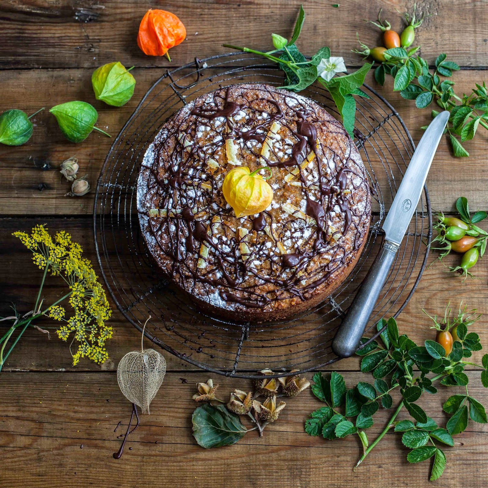 Spiced carrot, orange and quinoa cake