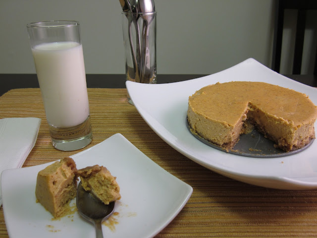 #SundaySupper Comfort Food: Gluten Free Pumpkin Cheesecake