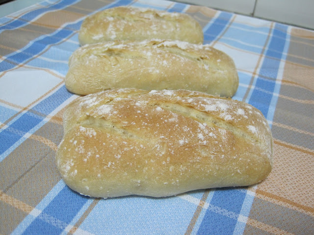 BOLLOS DE PAN CON POOLISH
