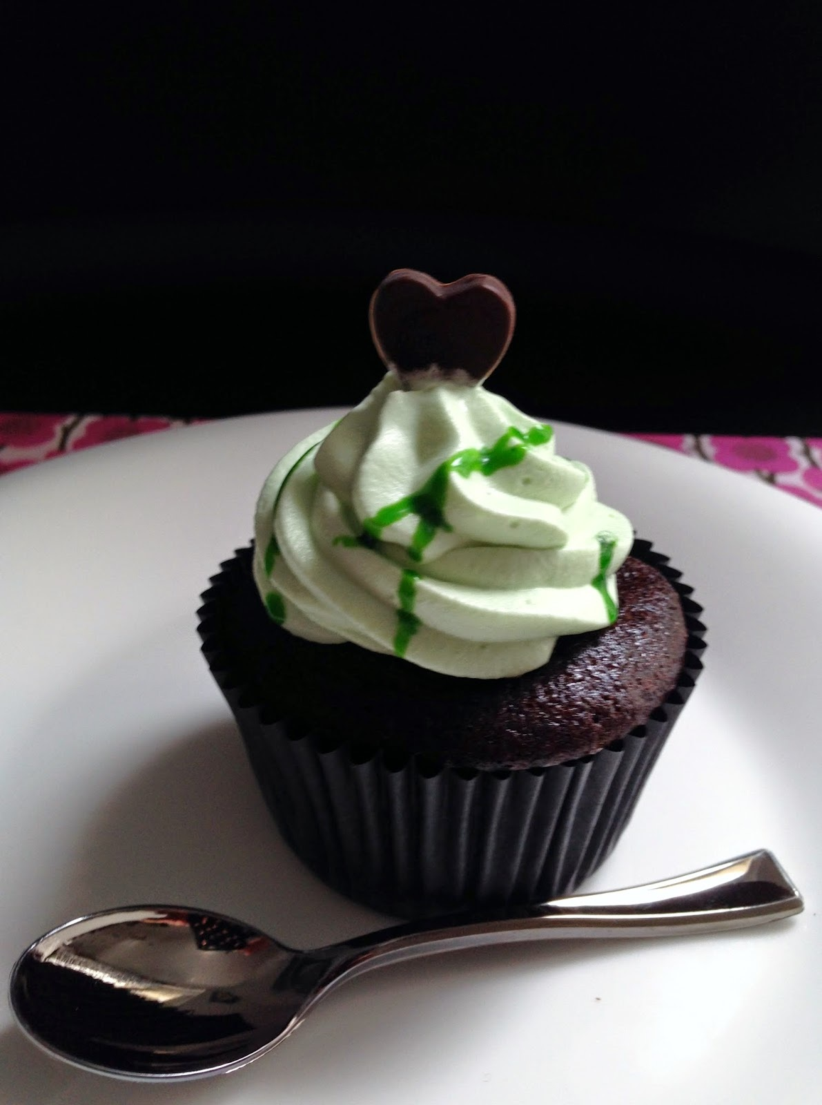 ¿Por qué le llaman After Eight cuando quieren pronunciarlo After Oight? Chocolate & Mint Cupcakes