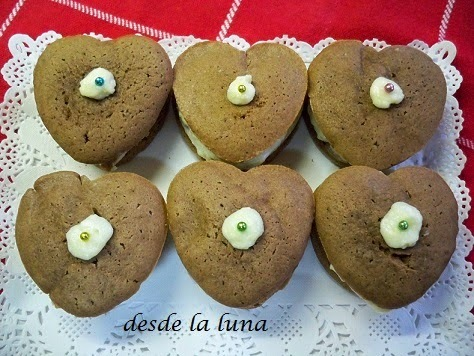 WOOPIES DE CHOCOLATE CON FRONSTING DE CREMA DE QUESO