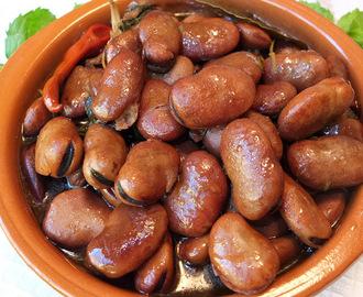 Recetas de habas picantes valencia mytaste for Como se cocinan las habas