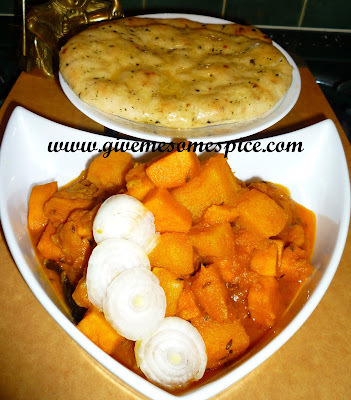 Sweet potato and potato curry (rataru ne bateta nu shak)