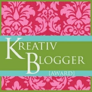 10 random facts about me/ Kreativ Blogger Award