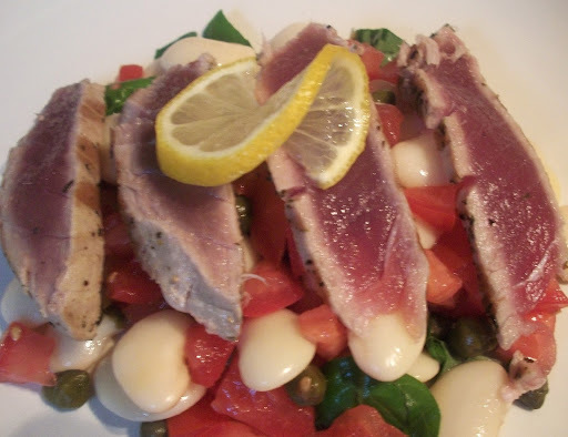 tuna steak with cannellini beans
