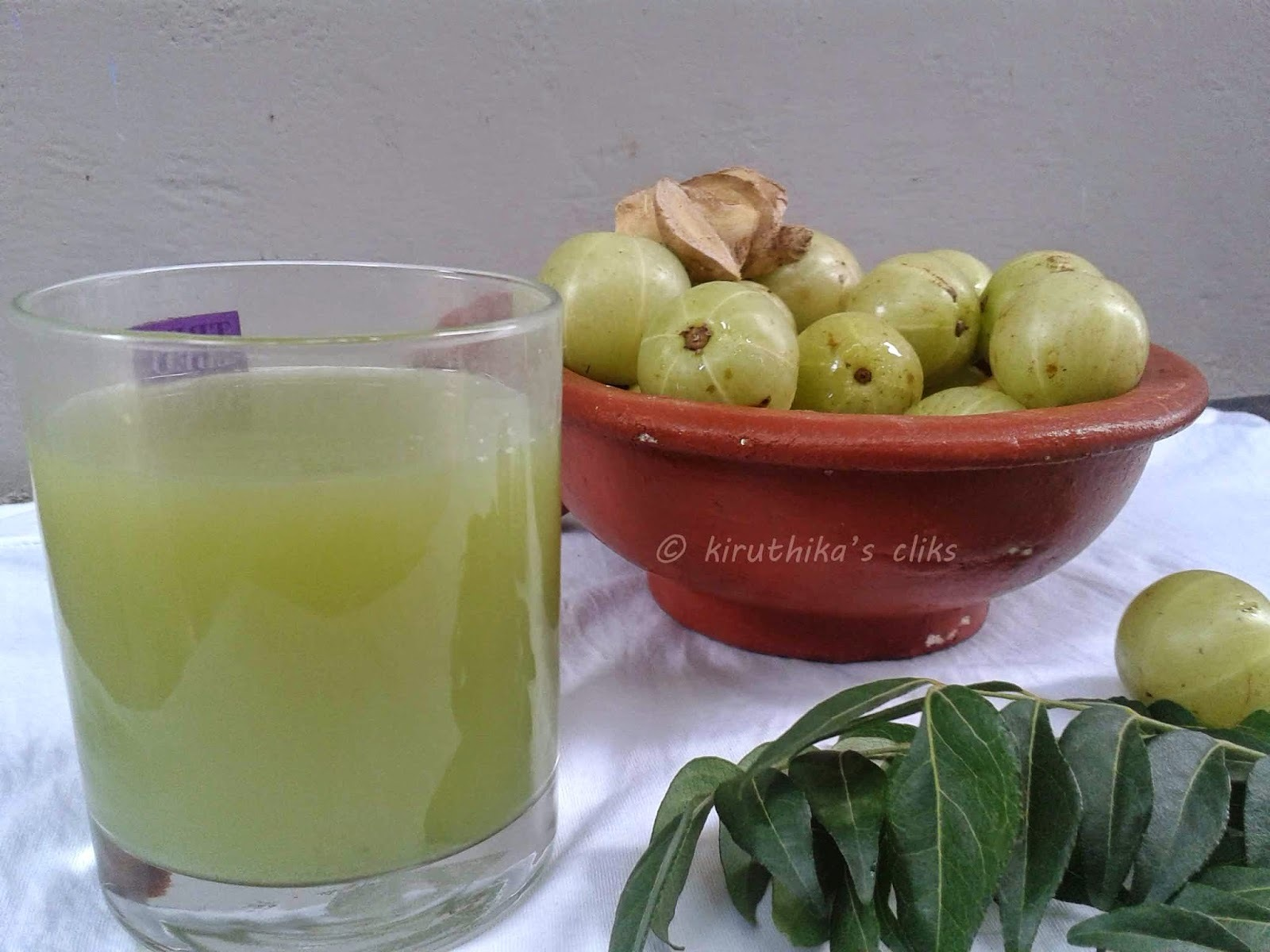 Indian Gooseberry juice/ Amla (Nellikai) juice with ginger and curry leaves