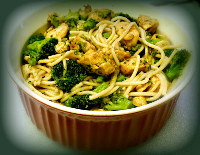SRC - Chicken Broccoli and Noodle Stir-Fry