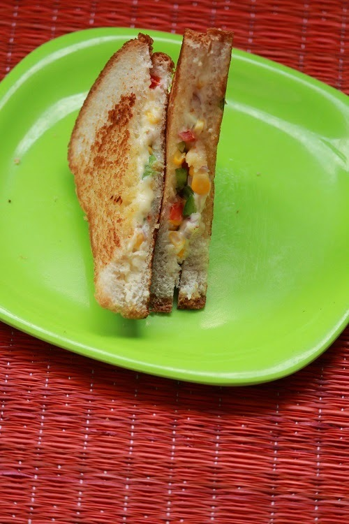 Sweet corn sandwich / Recipe of cheese sandwich