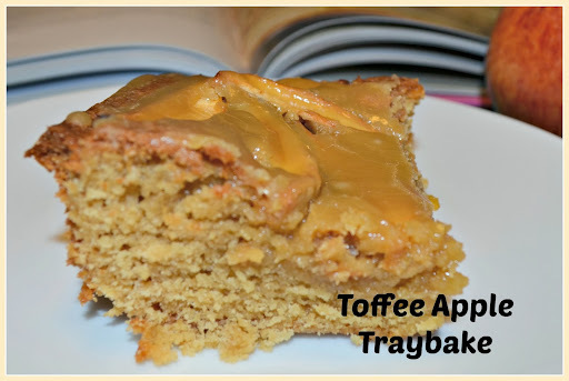 toffee apple tray bake